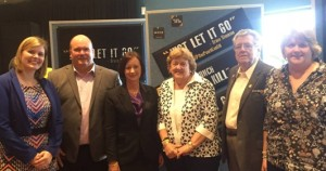 Nikki Boyd, Labor spreading 'just let it go' message Let it go launch - L to R - Nikki Boyd, Shane King, Yvette D'Ath, Gloria Steensen, John Steensen and Debbie Steensen. State Member for Pine Rivers, Nikki Boyd has helped launch the 'Just let it go' campaign as part of the #onepunchcankill community awareness program.