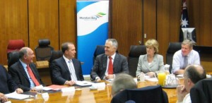 archive_edition_photos_ed_photos_2009_aug_2009_photos_dutton_shadowcabinet_130x64_100dpi